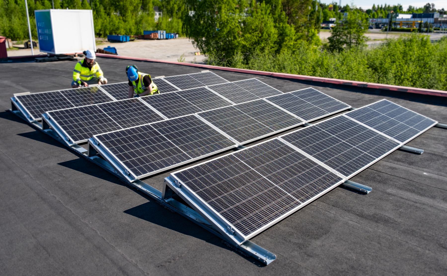 Aurinkosähkö aurinkovoimala aurinkoenergia
